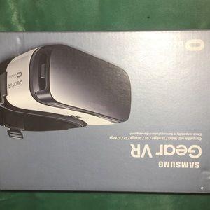 Gear VR by oculus